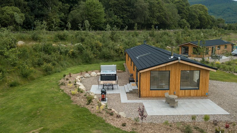 Lyon Lodge, sleep 6, private hot tub, pets welcome, Ferienwohnung in Kenmore