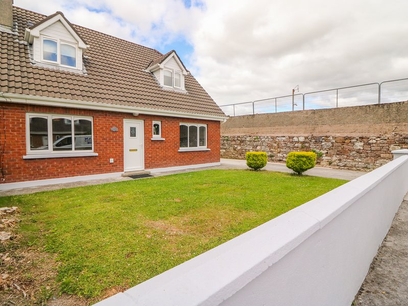 38 Castlewood Park, Tralee, county kerry, holiday rental in Tralee