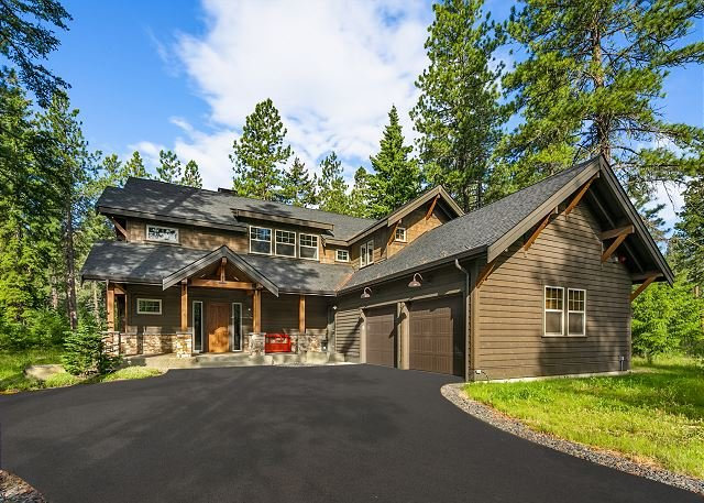 Great VALUE on the 17th Tee! Sunnyside Lodge | Hot Tub | Game Room, holiday rental in South Cle Elum