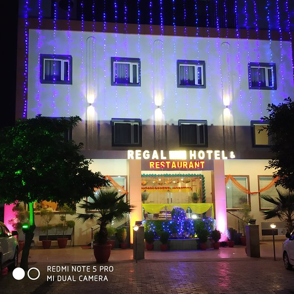 Regal Hotel & Restaurant, holiday rental in Mathura