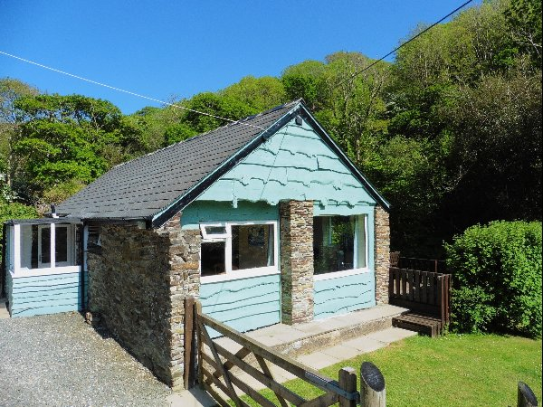 The Old Shippon, Mineshop, Crackington Haven, Bude., vacation rental in Crackington Haven