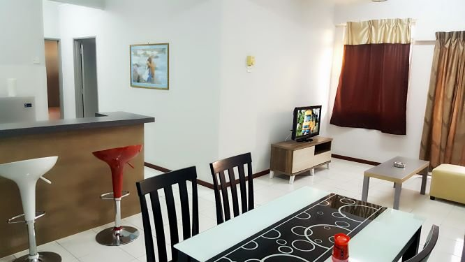 Cozy home with convenient location, walking distance to the beach, casa vacanza a Kampung Teluk Kemang