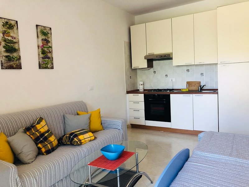Studio apartment Pizzo Beach Club 117g, sleeps 2 people, holiday rental in Maida