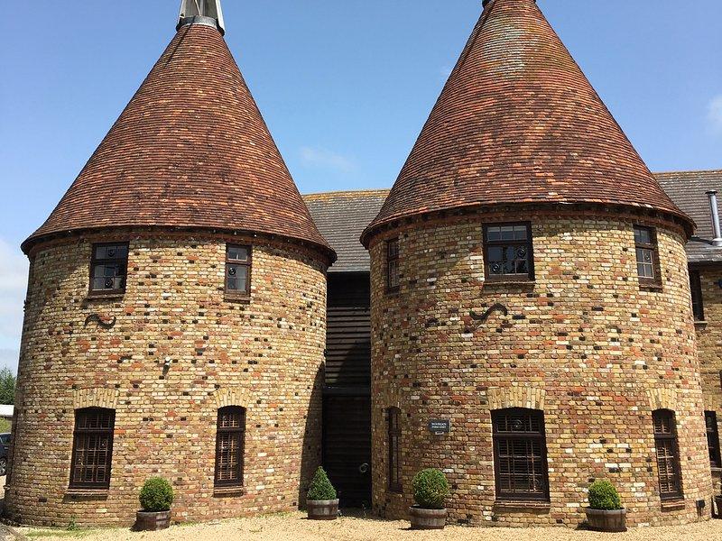 HOP HOUSE, Hop house, all bedrooms en-suite, garden, WiFi, Sittingbourne, Ref, holiday rental in Milstead