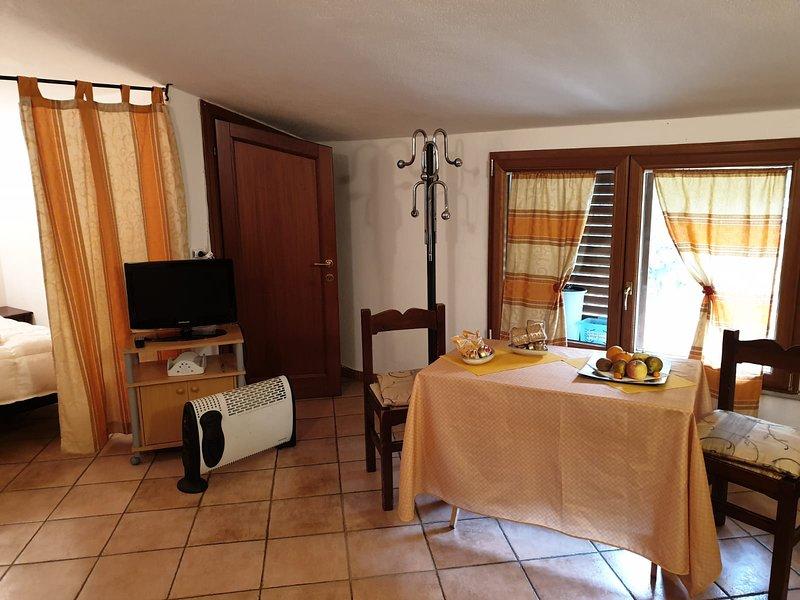 Nice studio in Calangianus & Wifi, holiday rental in Monti