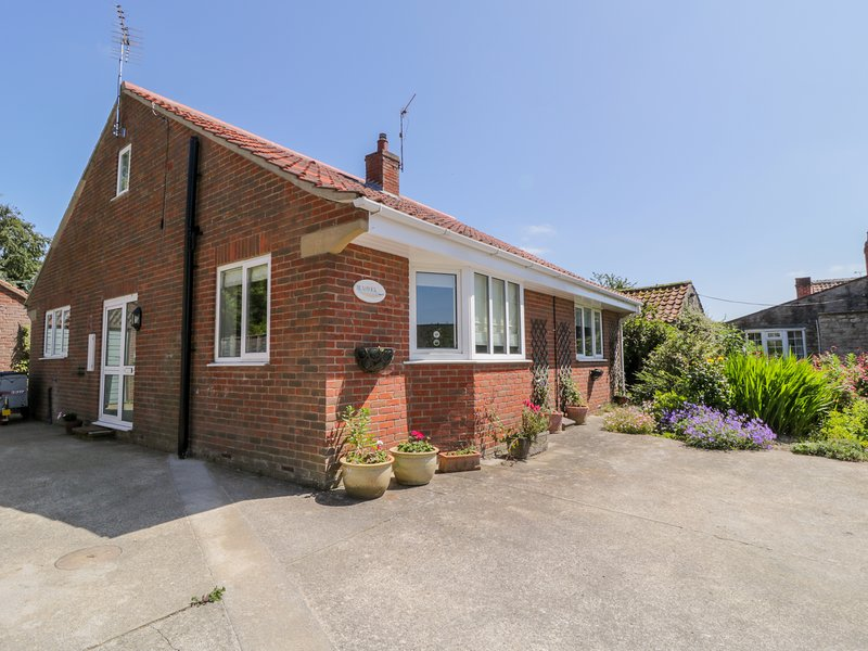 RUNSWICK, WiFi, Pet-friendly, Off-road parking, Sinnington, holiday rental in Cropton