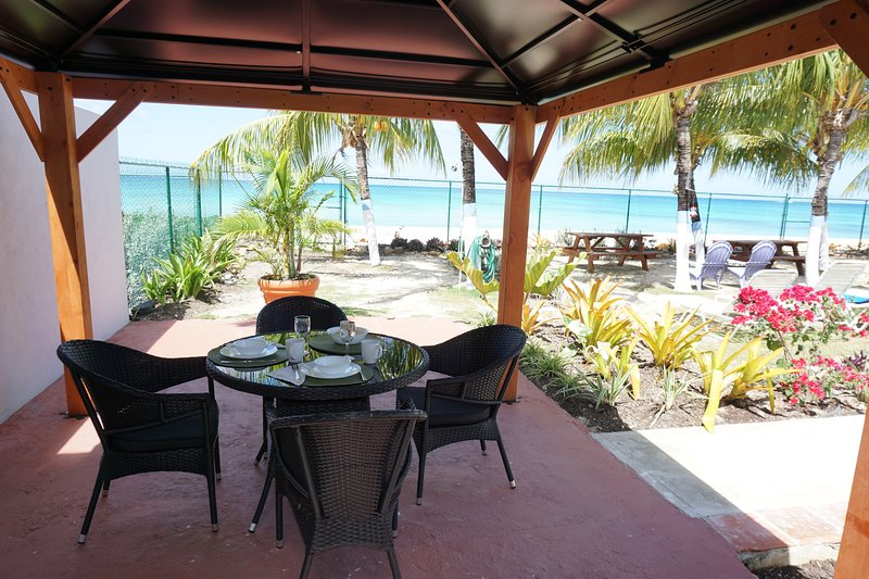 Banyan Beach House Studio, vacation rental in Bridgetown