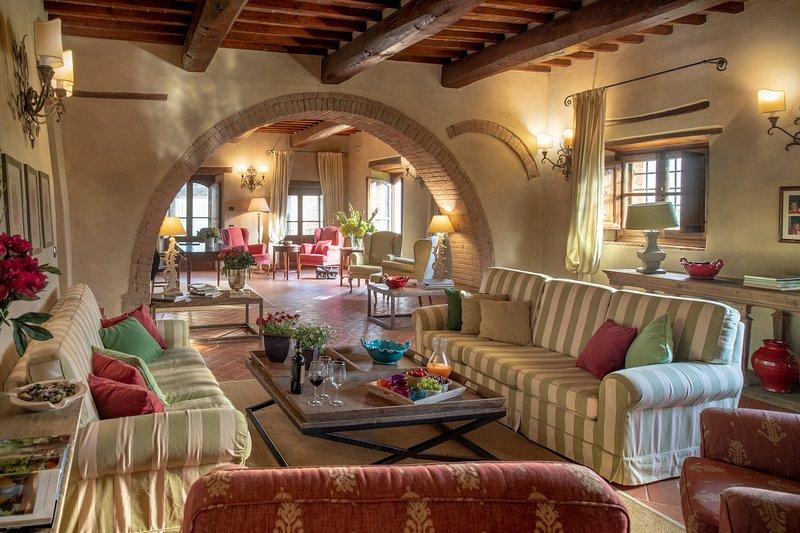 Luxury villa Merlini, holiday rental in Rapale