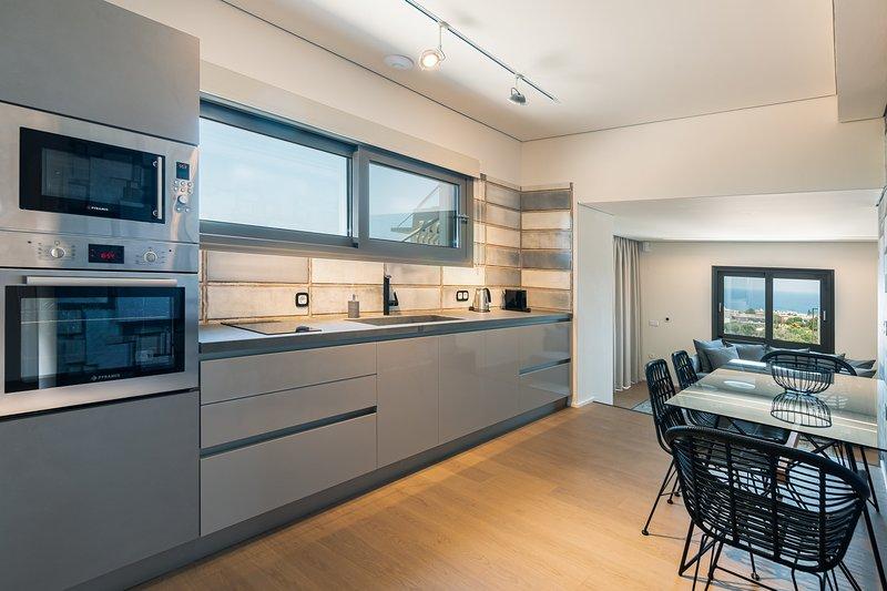 Harmony - 2 Bedroom Sea View Villa with Jacuzzi | Onira Suite Dreams Crete, holiday rental in Anissaras