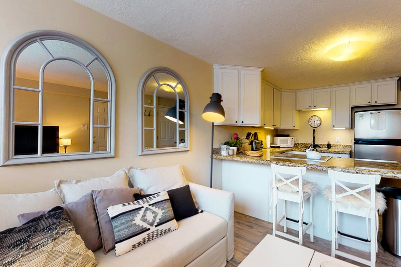 Photo of Cozy remodeled condo within walking distance to skiing, nightlife and dining