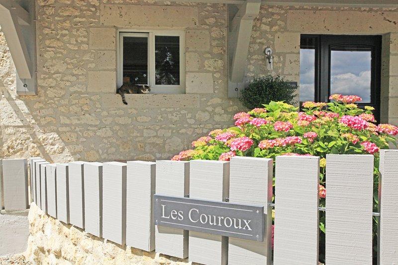 Entrance to Les Couroux