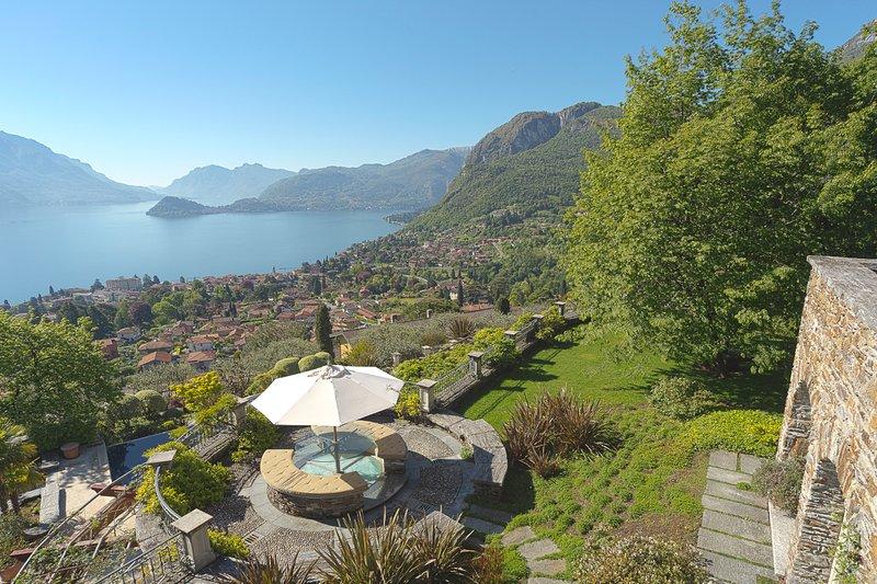 Il Piazzo Villa Sleeps 14 with Pool and Air Con - 5807961, alquiler vacacional en Grandola ed Uniti
