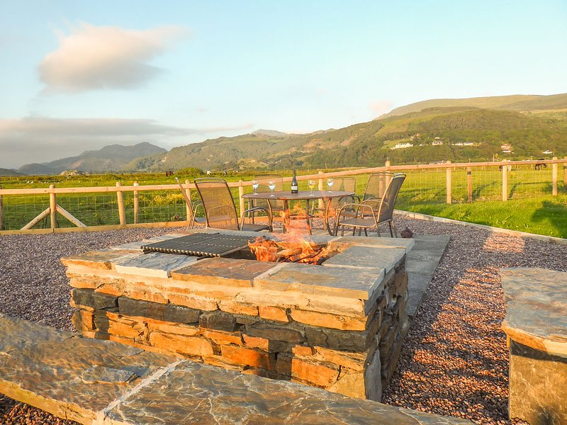 Llarios, Fairbourne, vacation rental in Fairbourne