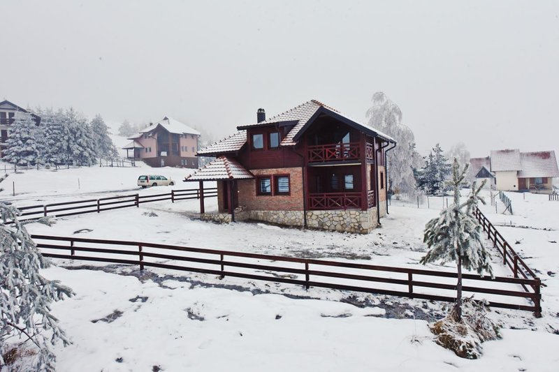 Ski House Tornik, holiday rental in Central Serbia