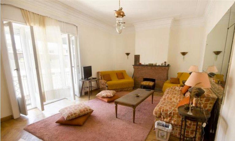 Luxury apartment near the baron, holiday rental in Shubra Al Khaymah