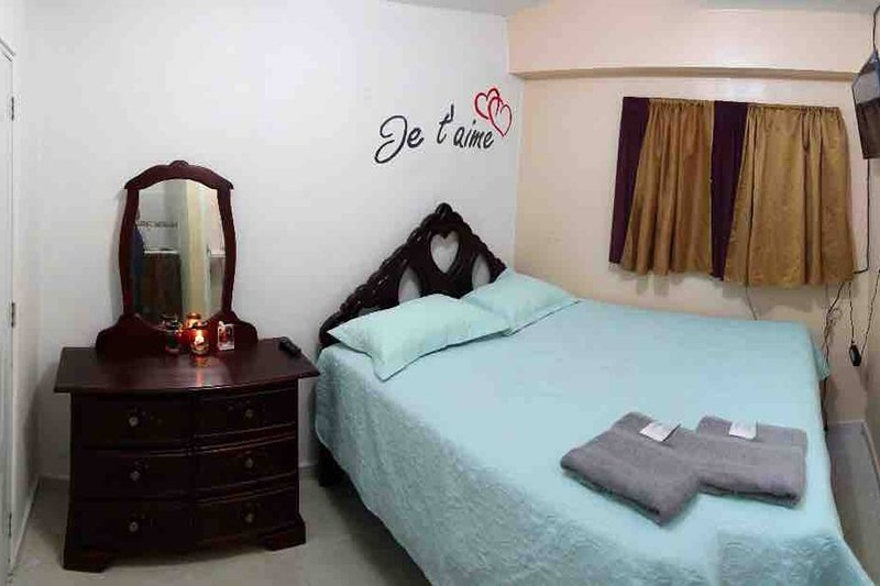 Private Studio with Netflix, holiday rental in Hermanas Mirabal Province