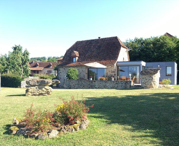 La Grange au Puits - gîte de charme 3 étoiles en meublé de Tourisme, holiday rental in Le Bourg