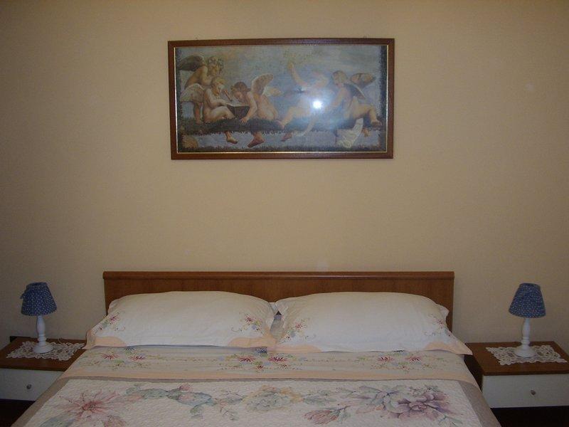 Stella marina. Piccolo appartamento in pieno centro storico vicino il Lungomare., vacation rental in Brindisi