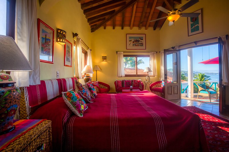 Special place where you combine the peace of the jungle with the ocean view, alquiler de vacaciones en San Pancho