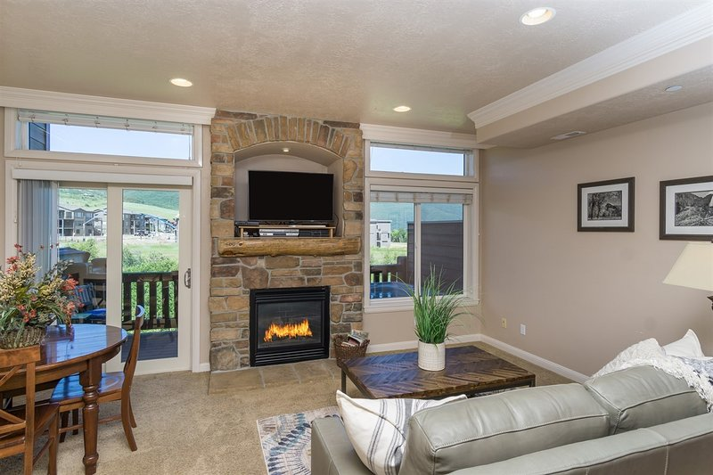 Living Room with Gas Fireplace, Queen Sofa Sleeper, Flat Screen TV
