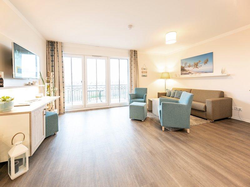 Upstalsboom Waterkant grosse Suites 2-50, beste Lage, seitlicher Meerblick, holiday rental in Borgerende-Rethwisch
