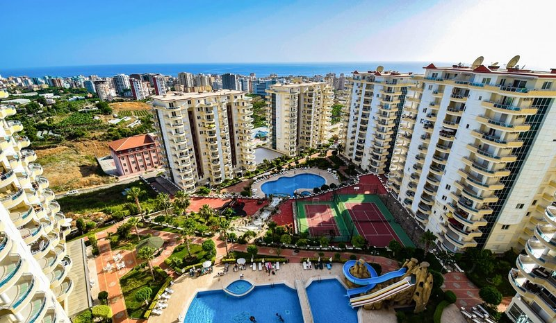 Luxury apartment Toros Paradis hill, holiday rental in Mahmutlar