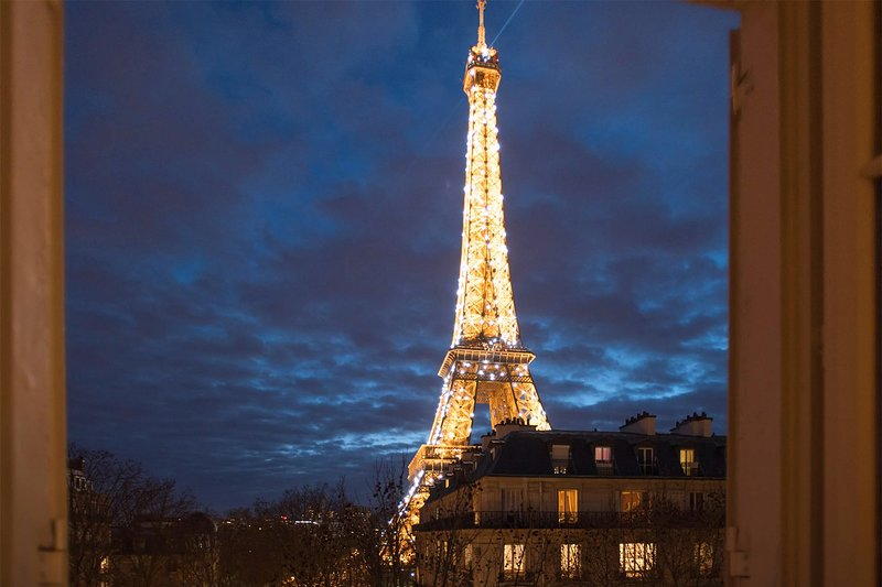 Unbelievable views of the Eiffel Tower to savor every night