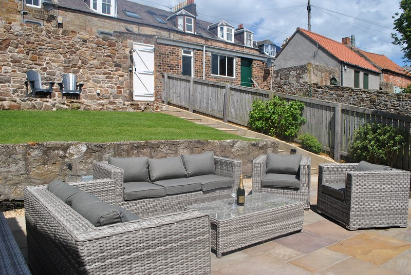 Coastal Rest- superb townhouse in East Neuk, holiday rental in Cellardyke