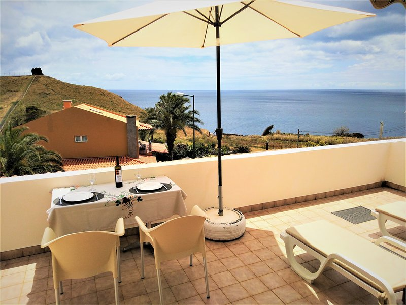 BEACHFRONT HOUSE ATALAIA - Privacy Tranquility Panoramic, holiday rental in Canico