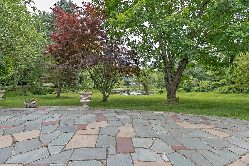 Waterfront 1800 sf. flagstone patio
