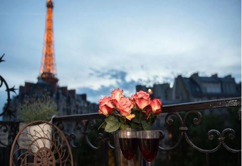 Romantic evenings on the balcony