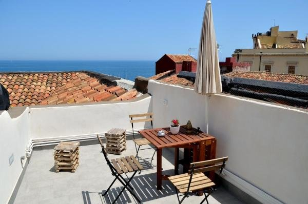 Panoramic Suite***** in the heArt of Catania, location de vacances à Catane