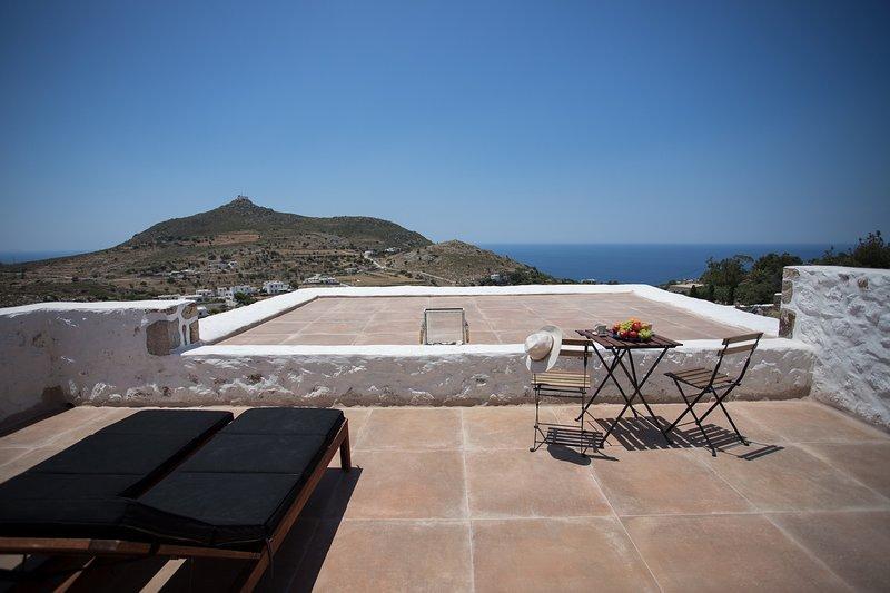 Sunset and Ocean View Villa, casa vacanza a Grikos