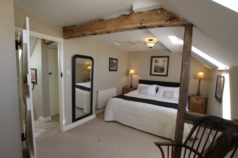 Daisy's Place bedroom