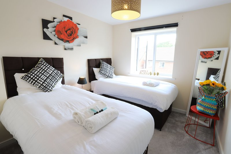 Birmingham Airport/NEC Beauty Homebase for 7 people, location de vacances à Birmingham