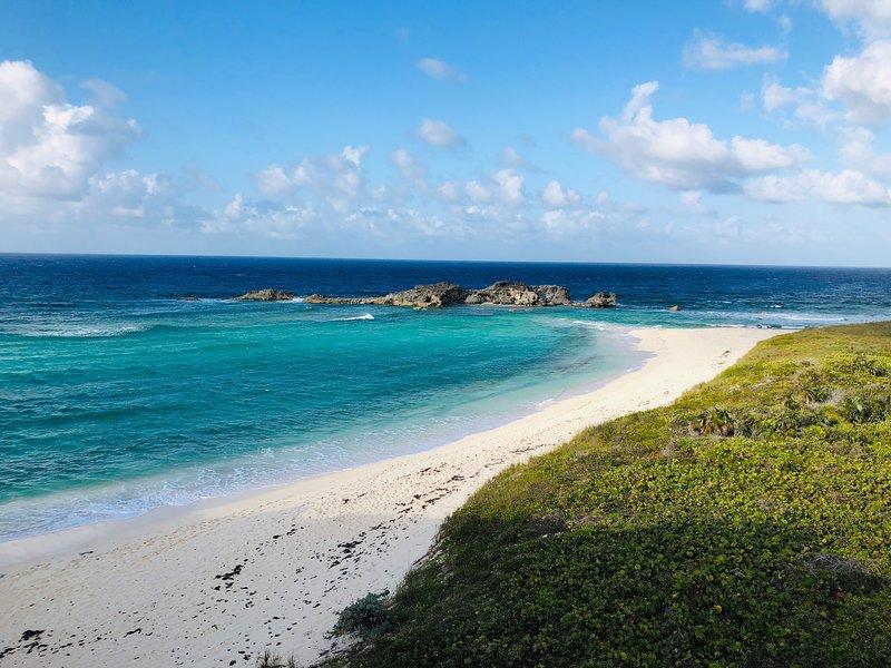 Whale Watch Villa Middle Caicos - 3 bedroom Ocean View villa, holiday rental in Bambarra