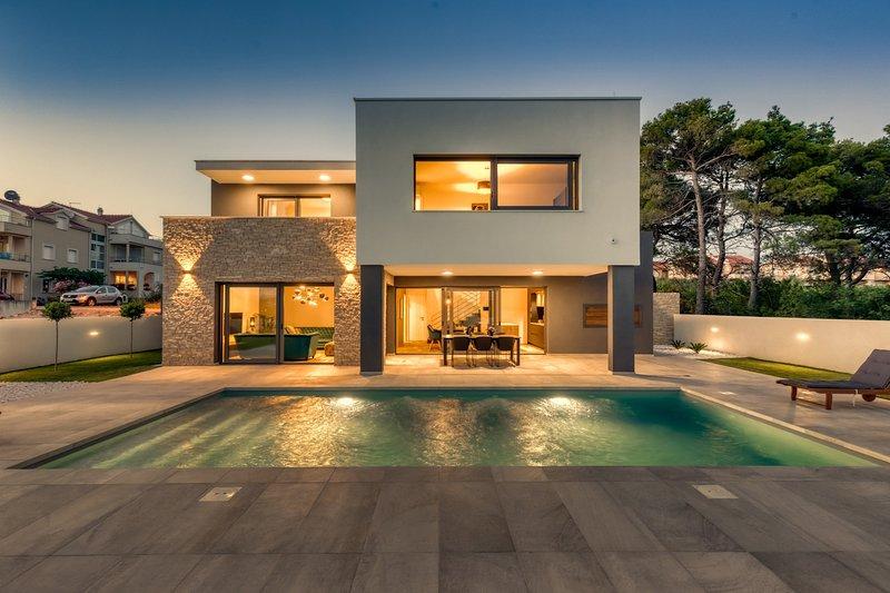 Modern Villa Prima, in Dalmatia, with a Pool, holiday rental in Vodice