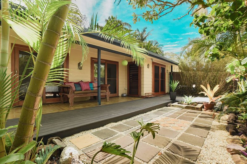 3 Bed Oasis In Heart Of Byron Bay, holiday rental in Coopers Shoot