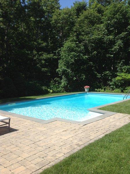 Hermosa piscina privada climatizada