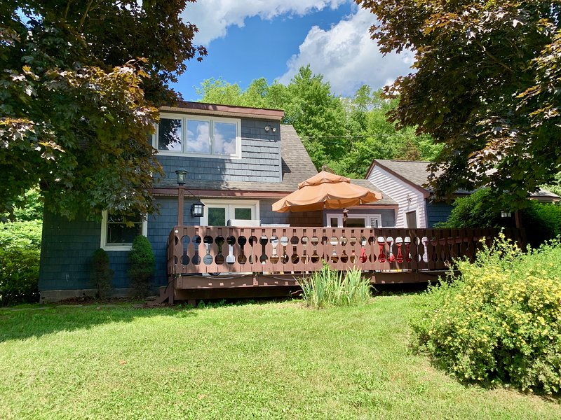 Mountain Chic 3 Bedroom Private Catskills Escape, vacation rental in Andes