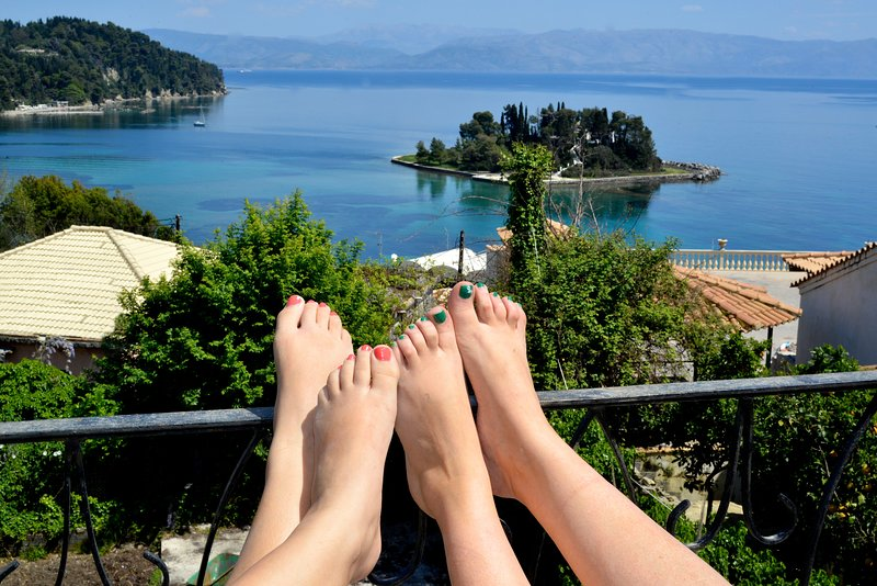 Breathtaking View House In Corfu -Corfu Story !, location de vacances à Corfu Town