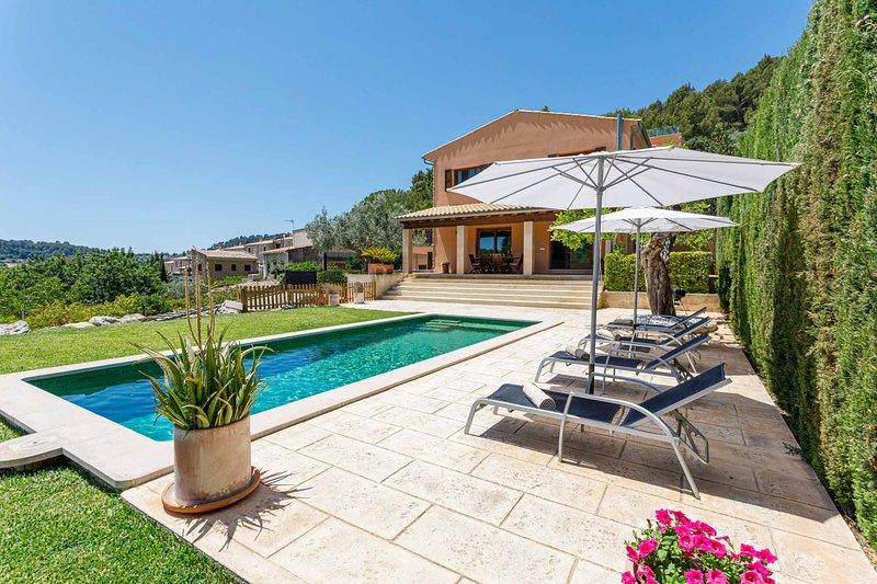 Sa tanca de sa Nina. Chalet en una zona única, vistas y piscina privada., aluguéis de temporada em Mancor de la Vall
