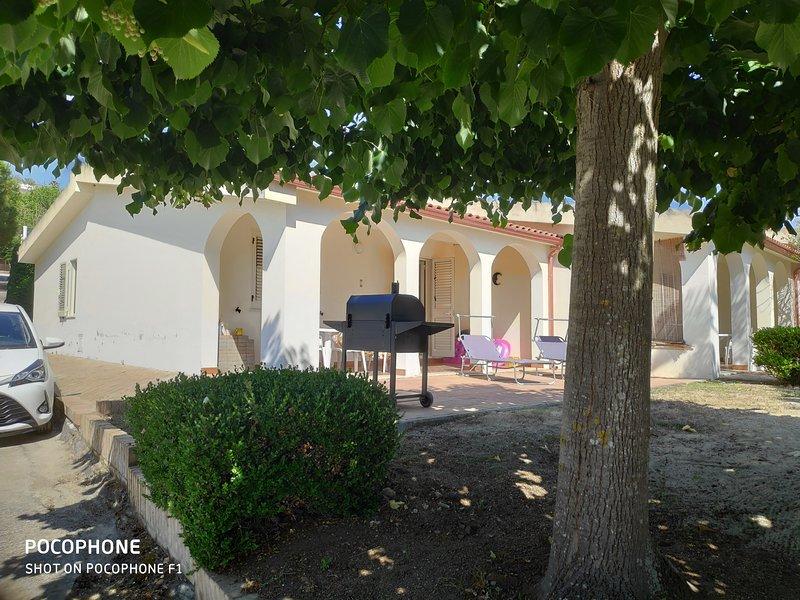 Buiten veranda en patio met barbecue / roker