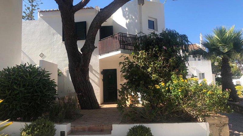 Vale do Lobo Luxury Resort - Fabulous 3 Bed Home 5 mins from beach & restaurants, alquiler vacacional en Vale do Lobo