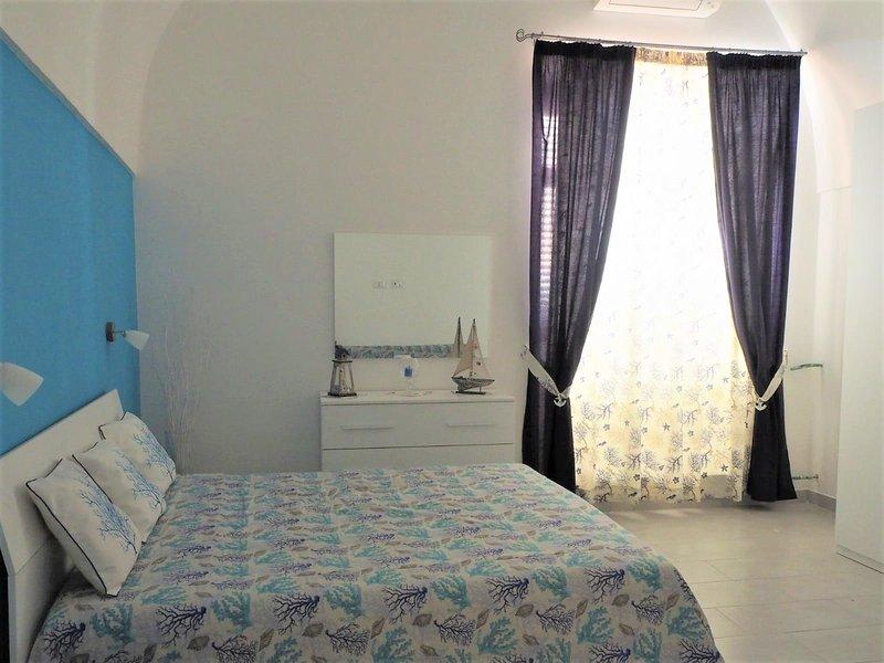 Angolo del Marinaio appartamento in penisola sorrentina a pochi passi dal mare, holiday rental in Meta