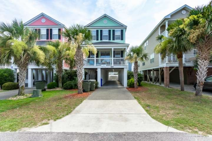 Sherbet Hermit, Large Luxury Home w/Private Pool, Just 75 Steps to Surfside Beach, holiday rental in Surfside Beach