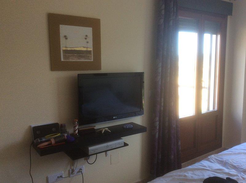 NOVITÀ 32 'TV IN MASTER BEDROOM