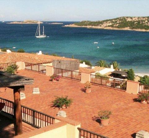Splendido appartamento in residence vicino Porto Cervo, vacation rental in Porto Cervo