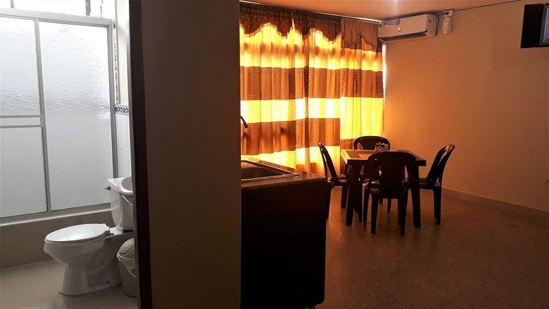 Suite Studio GIALLA, casa vacanza a Provincia di Guayas