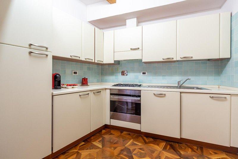 Falegnami Suites - Deluxe su 2 Livelli, vacation rental in Monte San Pietro